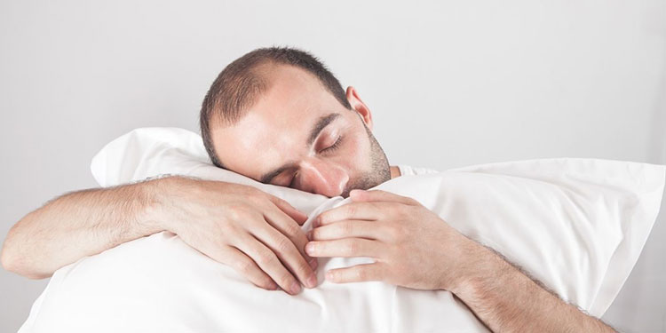 How to Relieve Lower Back Pain While Sleeping – Using Pillows